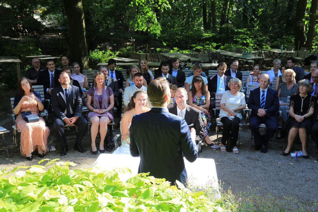 Trauung im Freien. Hochzeitsfotos von Peter Vogel, Hamburg