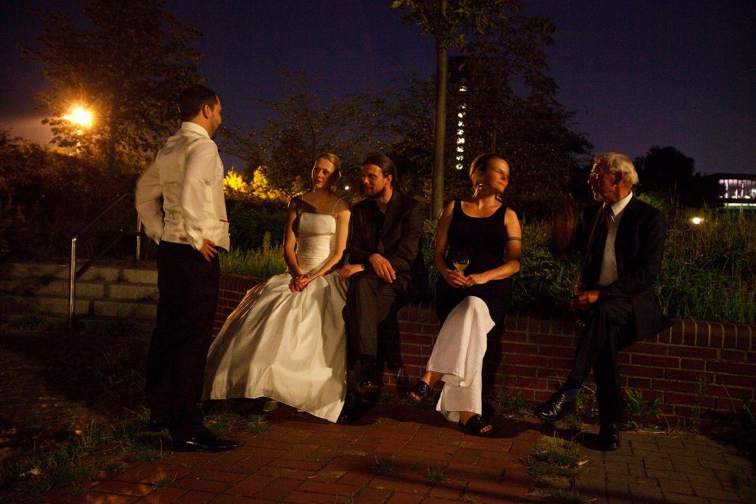 Nächtliche Szene bei einer Hochzeitsfeier