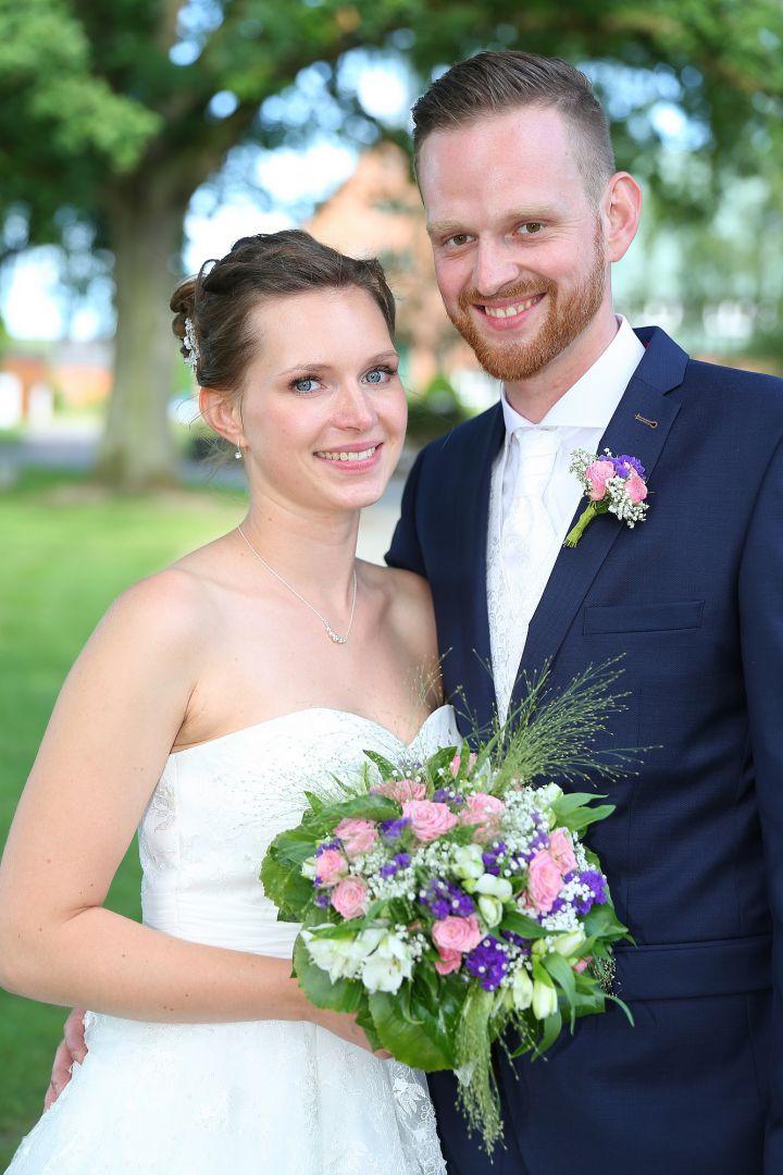 Junges Paar beim Brautpaarshooting - Hochzeitsfotograf Peter Vogel, Hamburg